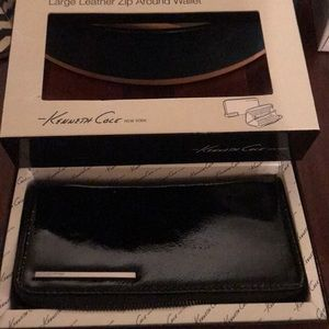 Paten leather Kenneth Cole wallet zip around style